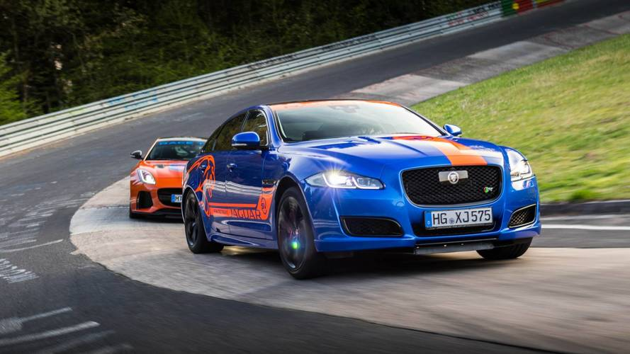 Jaguar Race Taxi é experiência que promete adrenalina em Nürburgring