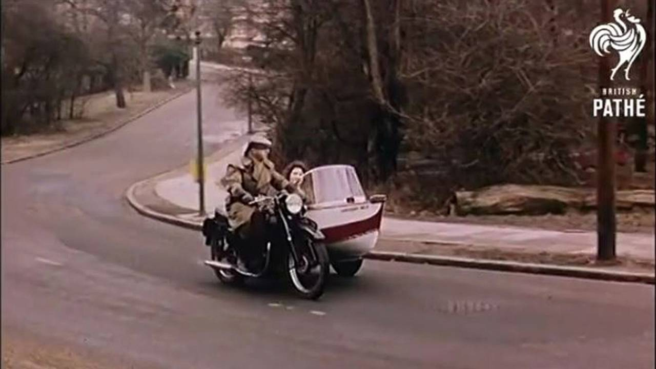 Amphibious Motorcycle Side Car — Video of the Day