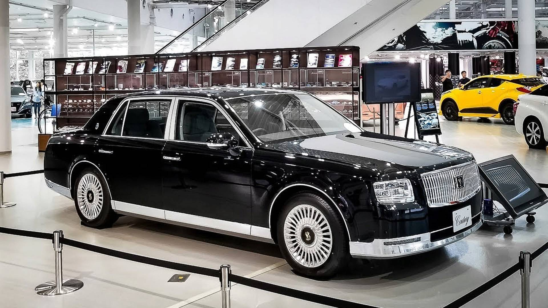 Toyota Century For Sale >> Video Proves The 2018 Toyota Century Is Truly Special