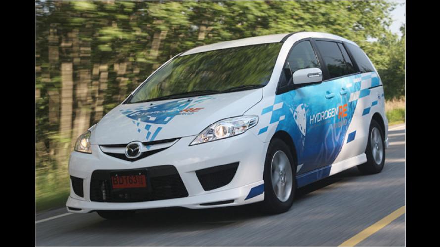 Zwei Mazda 5 Hydrogen RE Hybrid für Hiroshima