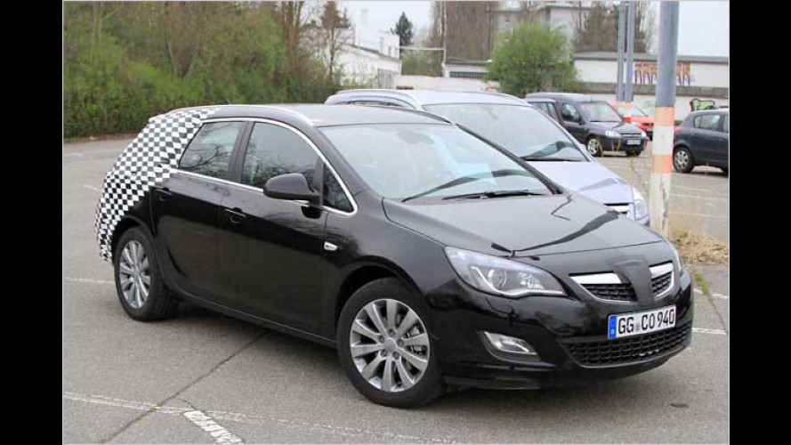 Erwischt: Opel Astra Sports Tourer