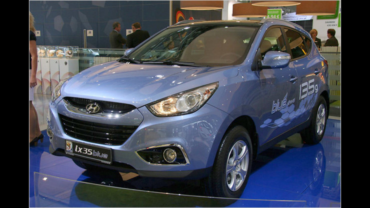 Hyundai ix35 blue
