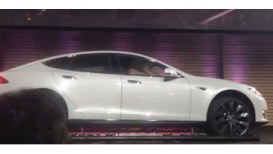 Tesla Performs Live Demo of Model S Battery Swapping - 90 Seconds (w/videos)