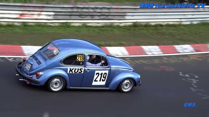 Volkswagen Beetle modellerine Nürburgring turu ile veda edin