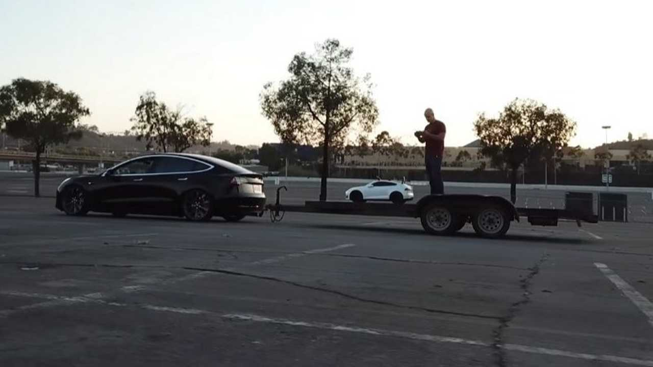Model 3 towing