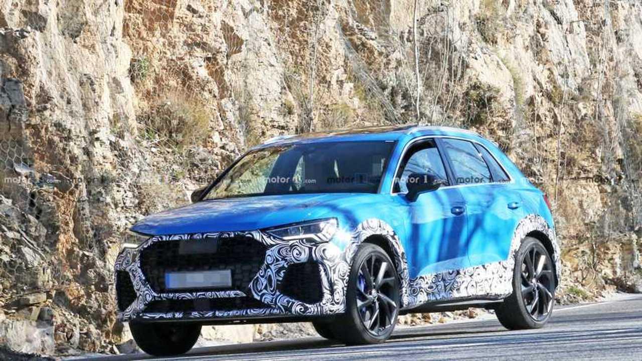 Audi RS Q3 foto spia