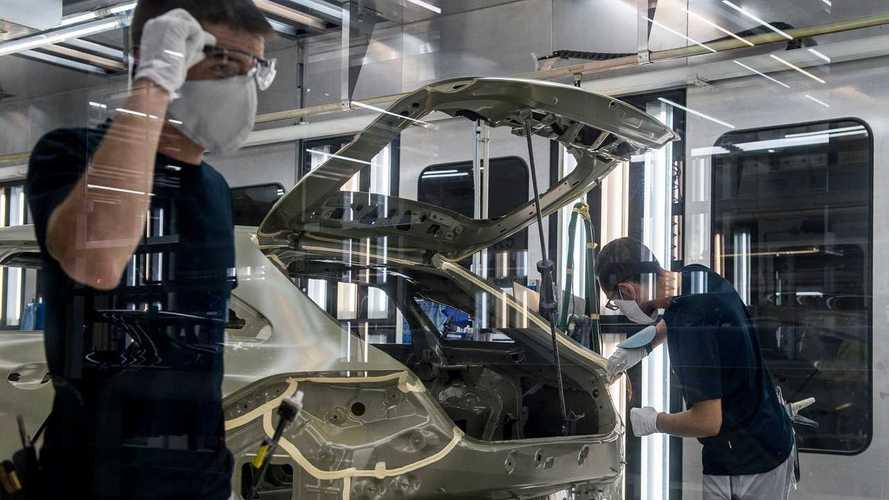 A kecskeméti Mercedes-gyár is leáll a globális chiphiány miatt
