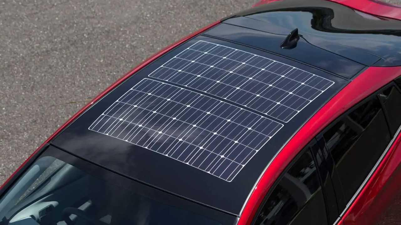 Panasonic призвал автопроизводителей устанавливать на крыши машин солнечные батареи