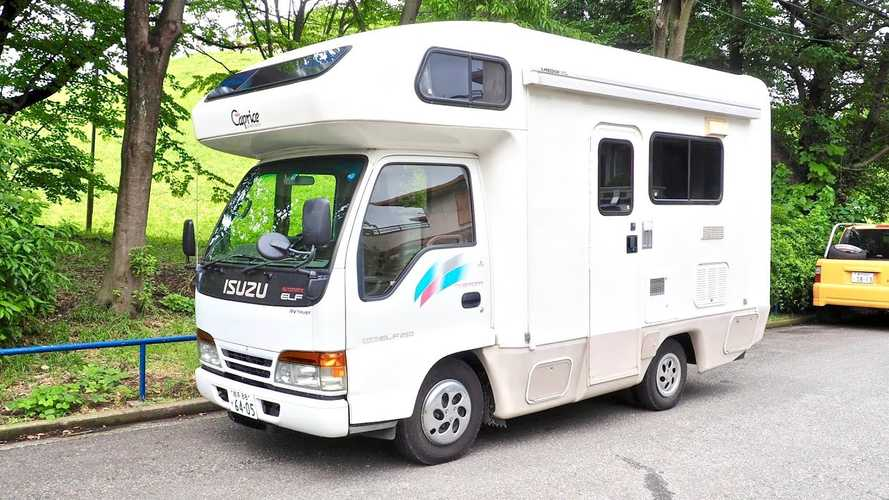 Isuzu Elf turned into teeny-tiny cute motorhome