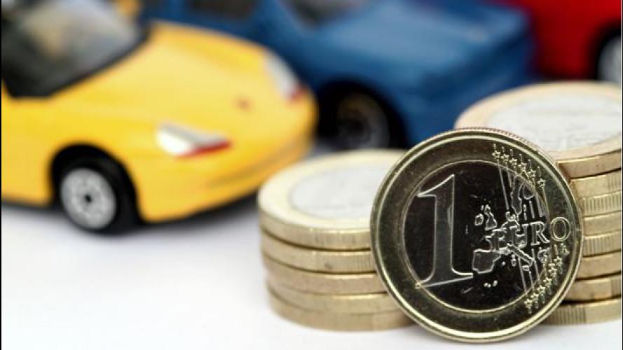 Spesa per l'auto: se hai un'utilitaria spendi più di 5.500 euro all'anno