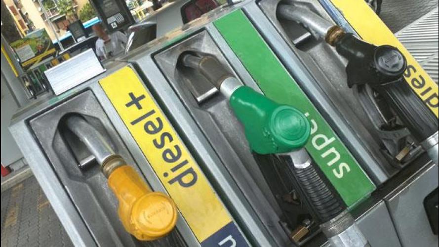 IVA al 22%: il Codacons chiede al governo di fare eccezione per la benzina