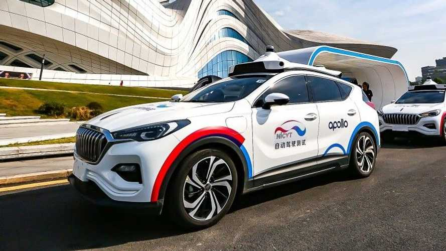 Blackberry rinasce in Cina con l'auto elettrica: c'è l'accordo con Baidu