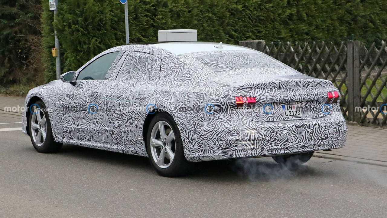 Audi A7L Spy Foto