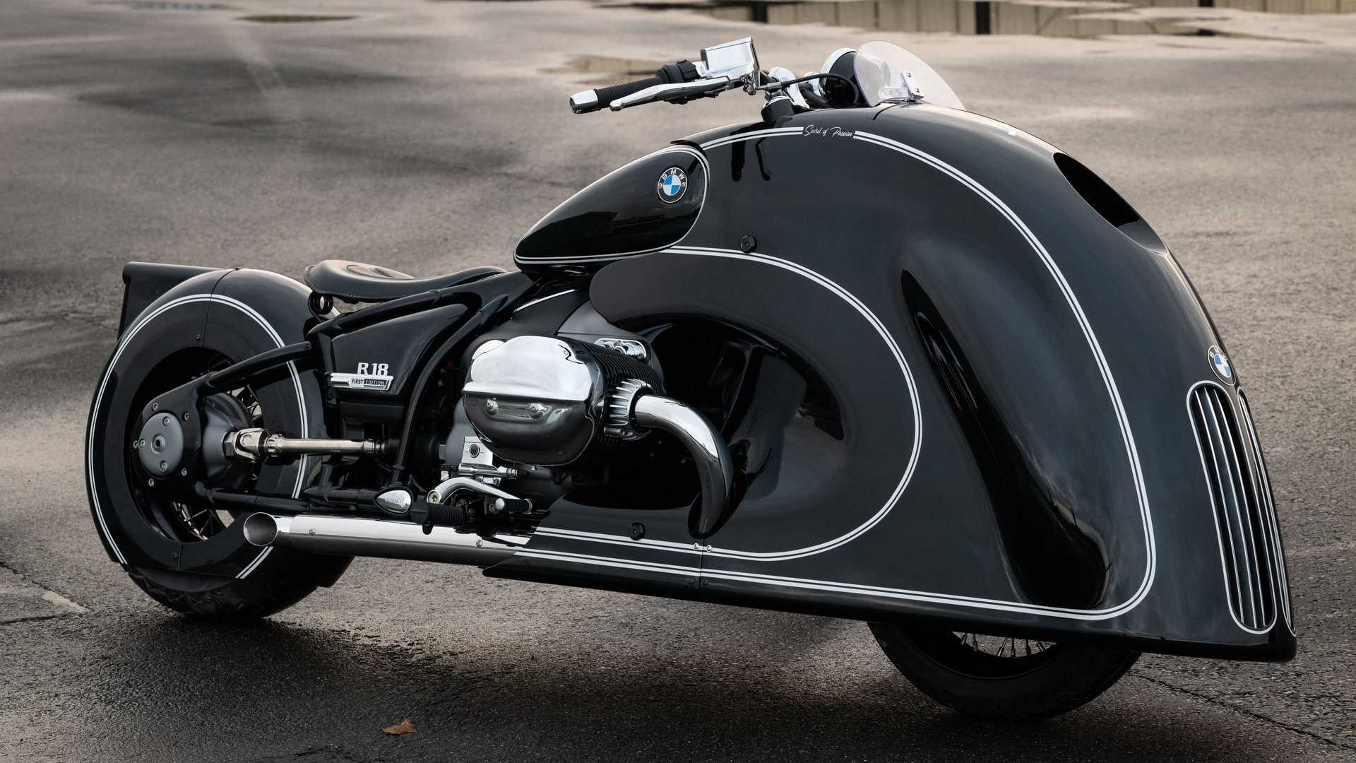Kingston Customs And BMW Motorrad Unveil Art Deco-Inspired R 18 - RideApart