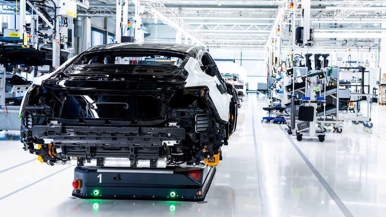 Audi e-tron GT in produzione