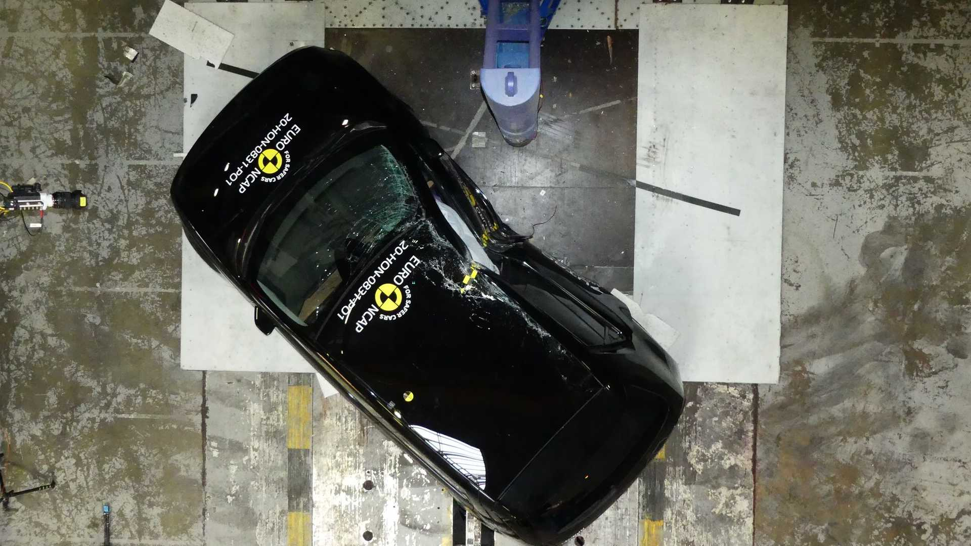 Nuova Honda e, i crash test Euro NCAP