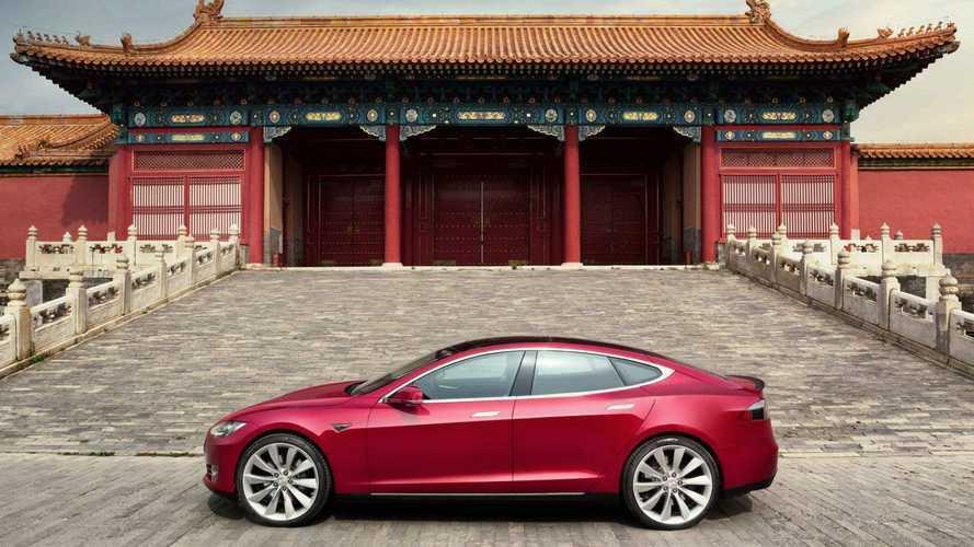 China ignora crise e bate recorde de vendas de elétricos e híbridos plug-in