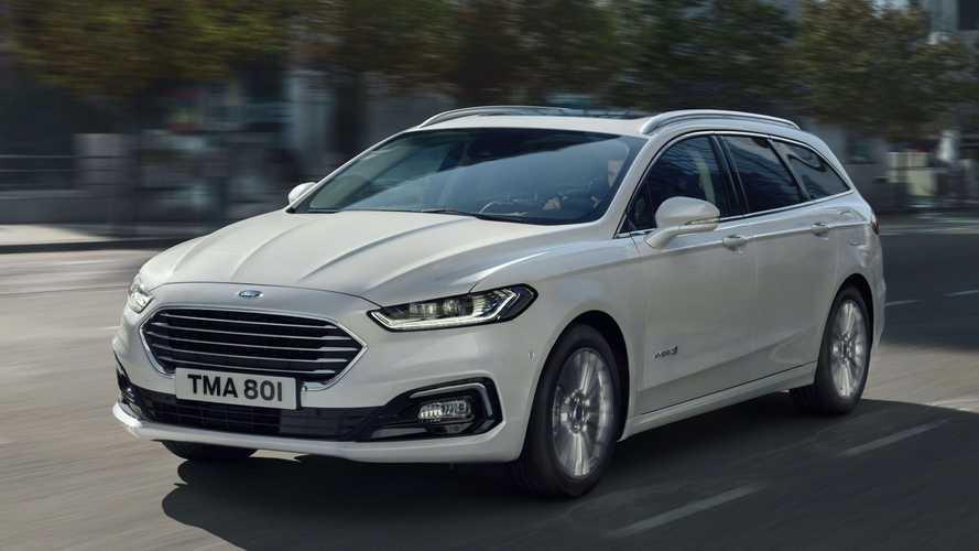 Ford Mondeo híbrido 'bomba' nas vendas e aposenta as versões só a gasolina