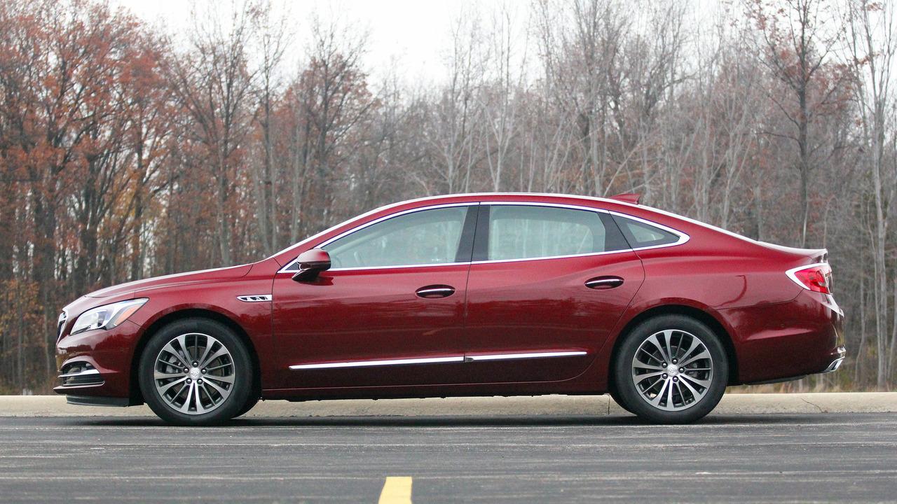 Buick LaCrosse: Finish Care