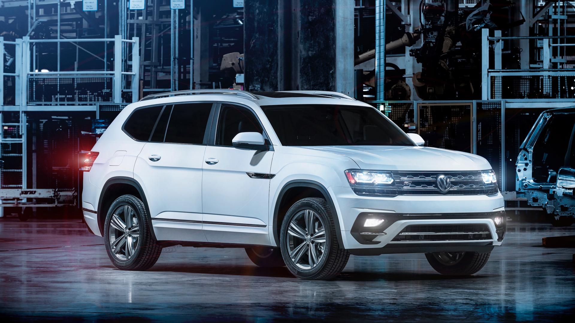 2018 VW Atlas R-Line: Styling, Interior, Arrival >> Volkswagen Atlas Gets The R Line Treatment