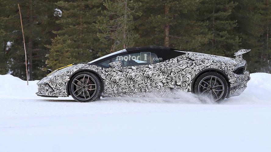 PHOTOS - La Lamborghini Huracan Spyder Performante est de sortie