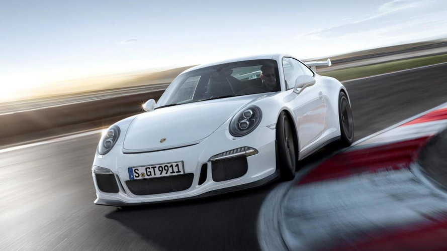 Unhappy UK group of Porsche 911 GT3 owners demands equal compensations