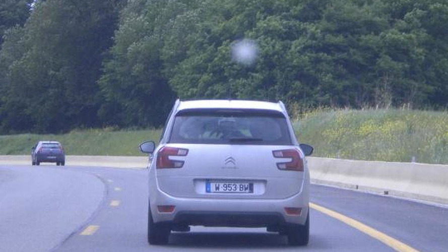 2014 Citroen C4 Grand Picasso shows its C-shaped taillights once again