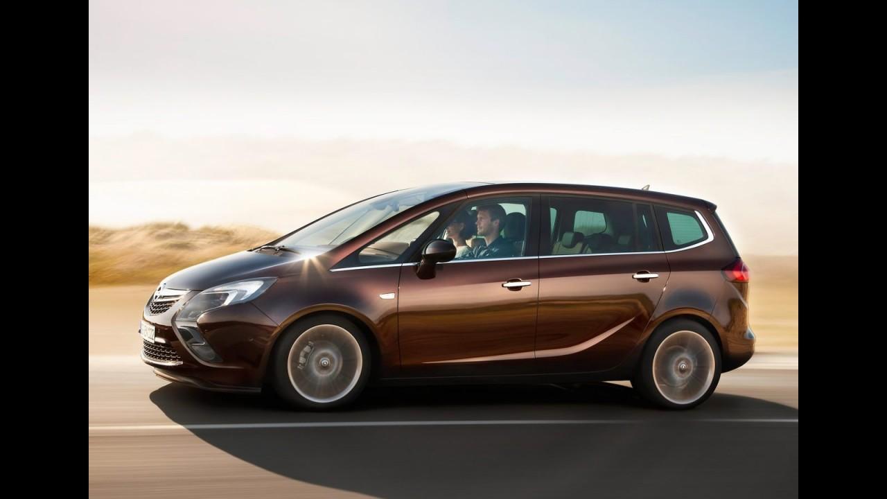 Opel divulga a moderna Zafira Tourer 2012