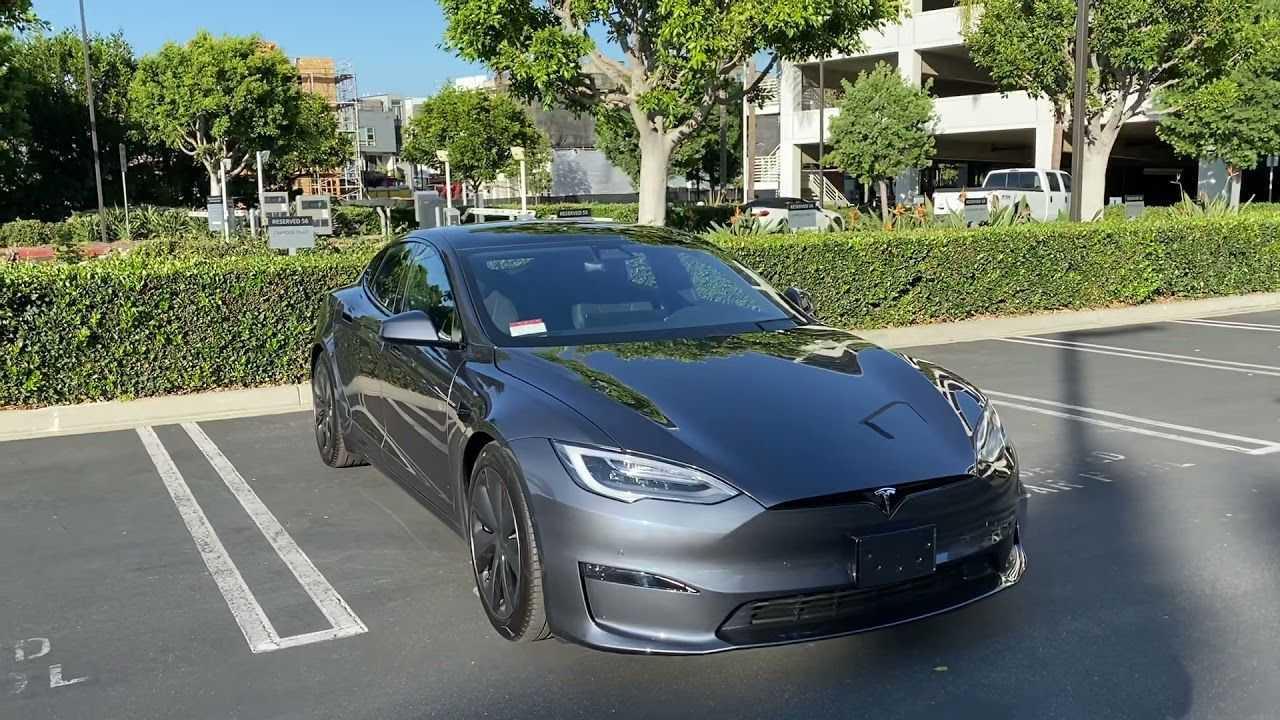 Tesla Model S Plaid build quality issues