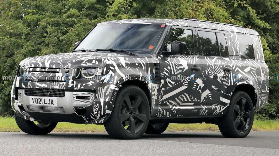 Land Rover Defender extra-lusso? Potrebbe arrivare nel 2025