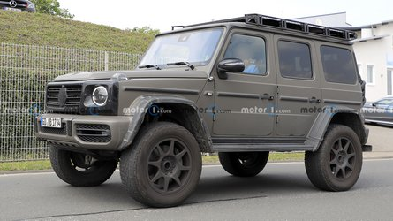 Mercedes G-Class 4x4 Squared spied with army look