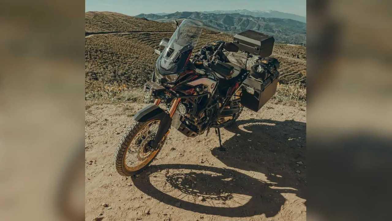 Overland Expo Razzle Dazzle 2021 Honda Africa Twin Adventure Sports ES DCT