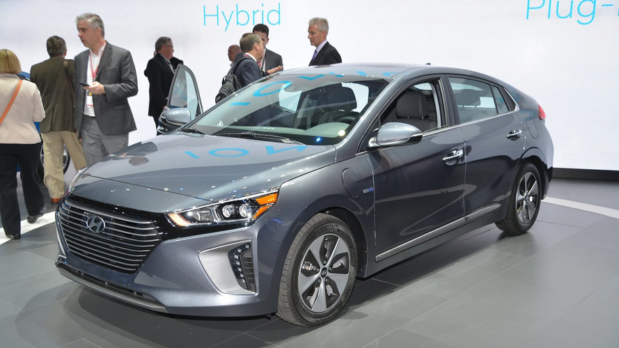 2017 Hyundai Ioniq live at New York Auto Show 2016