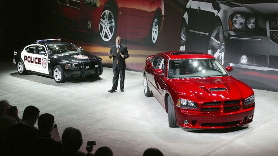 Dodge in Hot Pursuit of Police Car Market with HEMI®-powered 2006 Dodge Charger