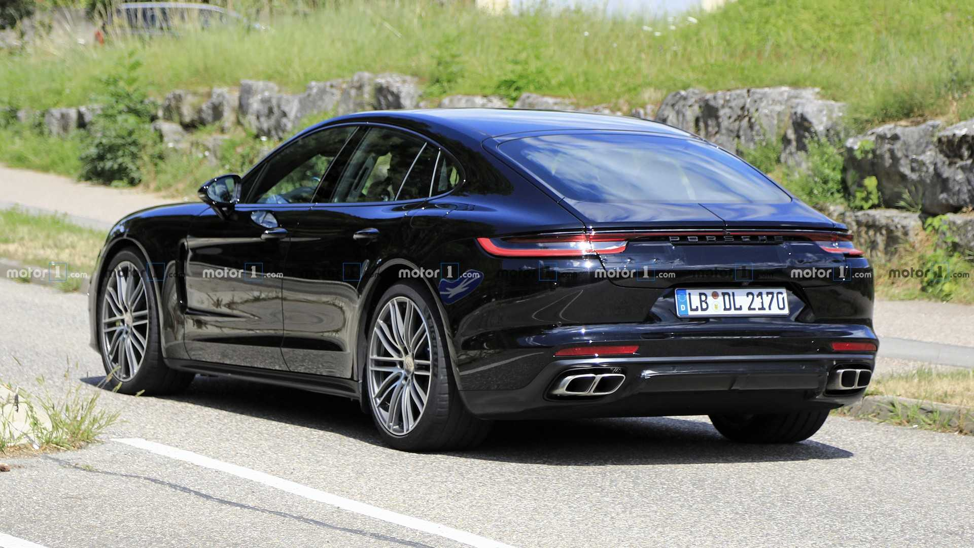 2020 - [Porsche] Panamera II restylée  2021-porsche-panamera-facelift-spy-photo