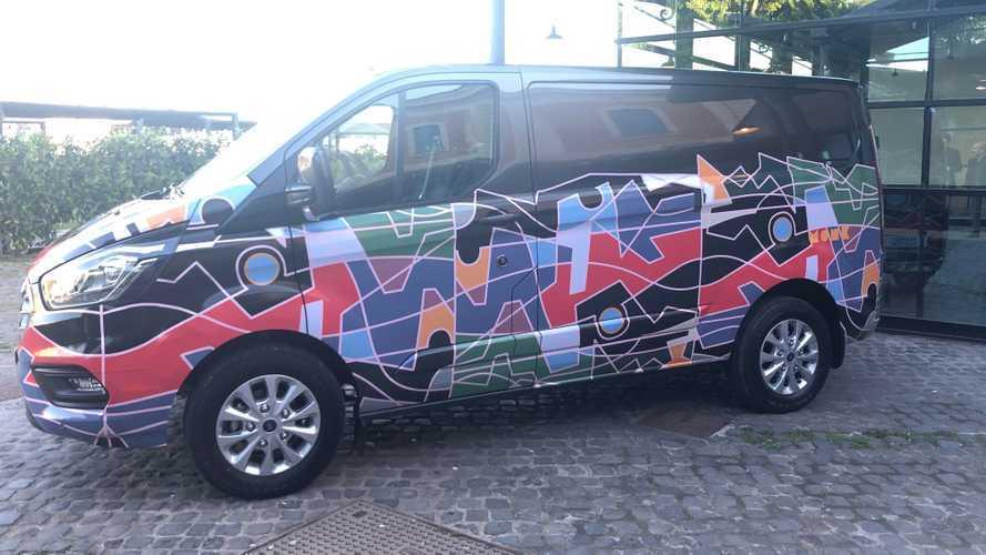 Un Ford Transit Custom per il Syart Sorrento Festival
