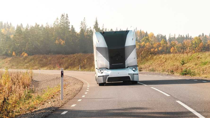 Autonomous Einride T-pod Enters Service On A Public Road