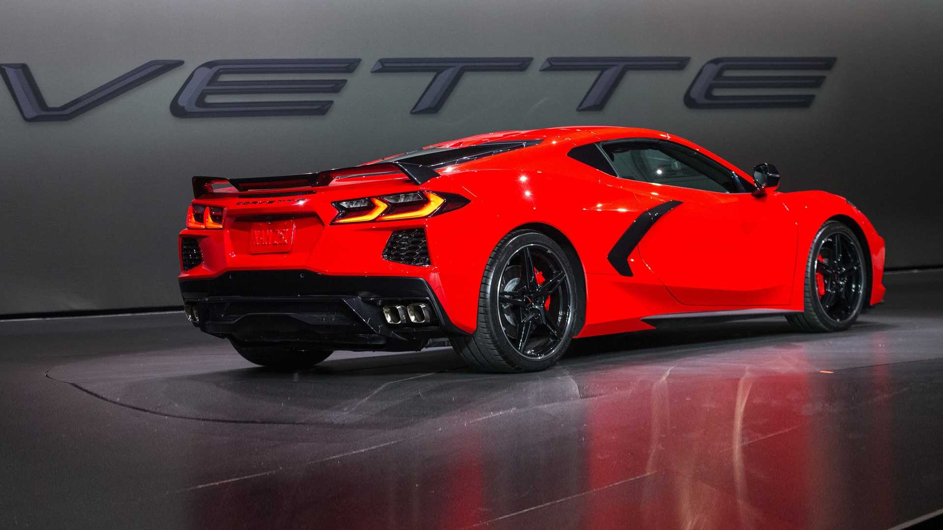 2020-chevrolet-corvette-stingray.jpg