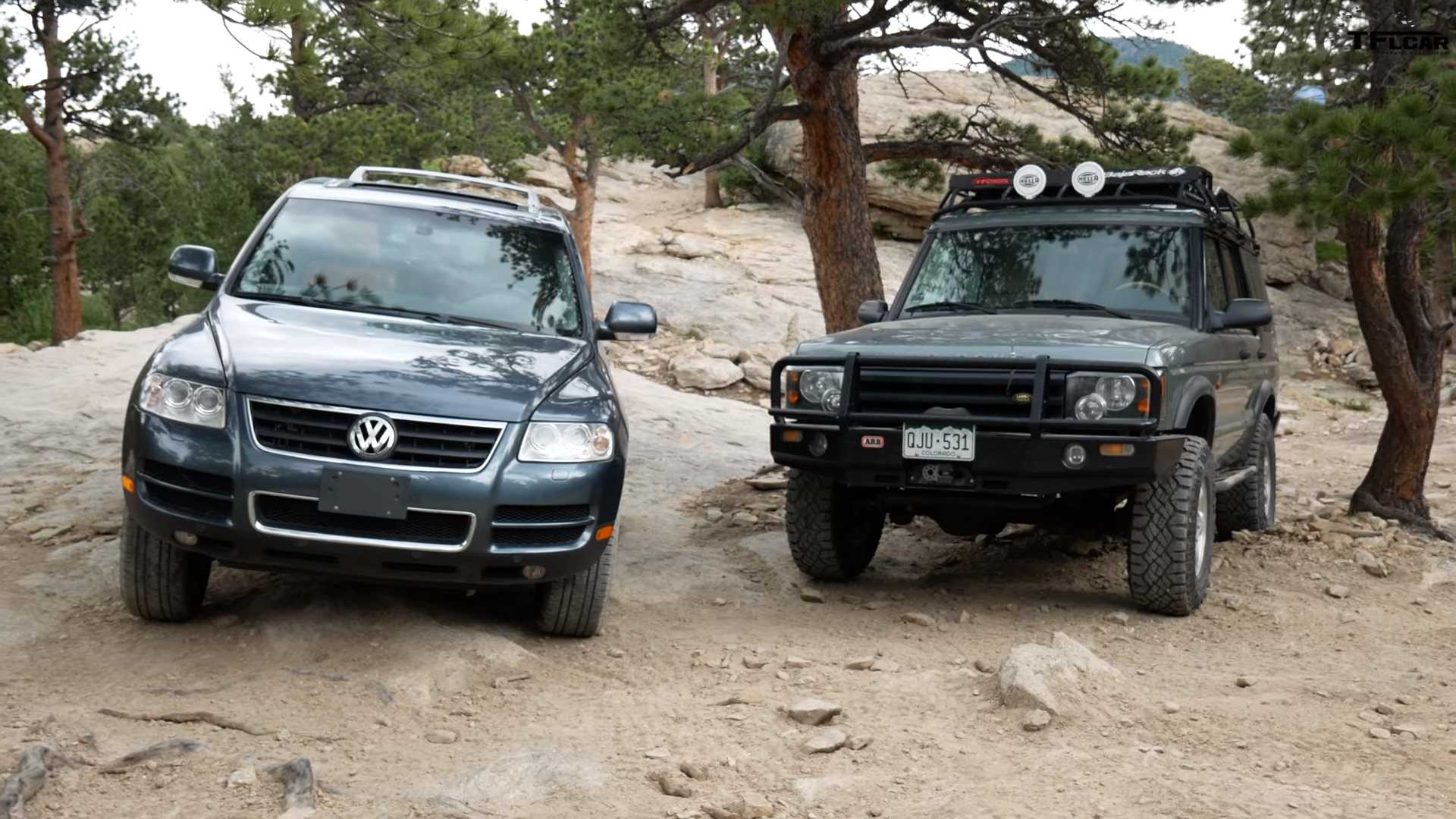 Vw Touareg Hold Its Own In Off Road Test Against Land Rover Discovery