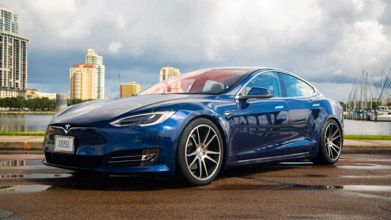 Tesla modell S P100D a Dream Giveaway-től