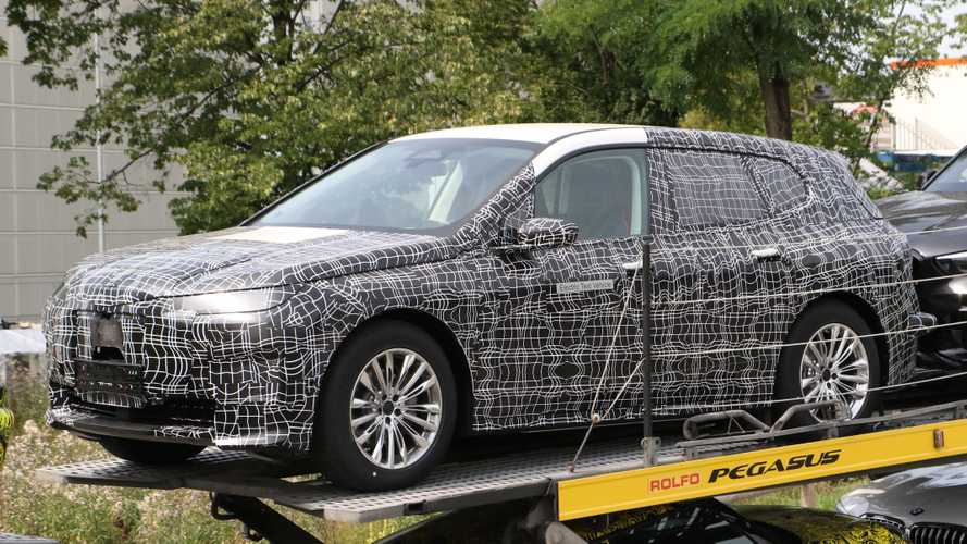 BMW iX5/iNext Shows Production SUV Body For The First Time