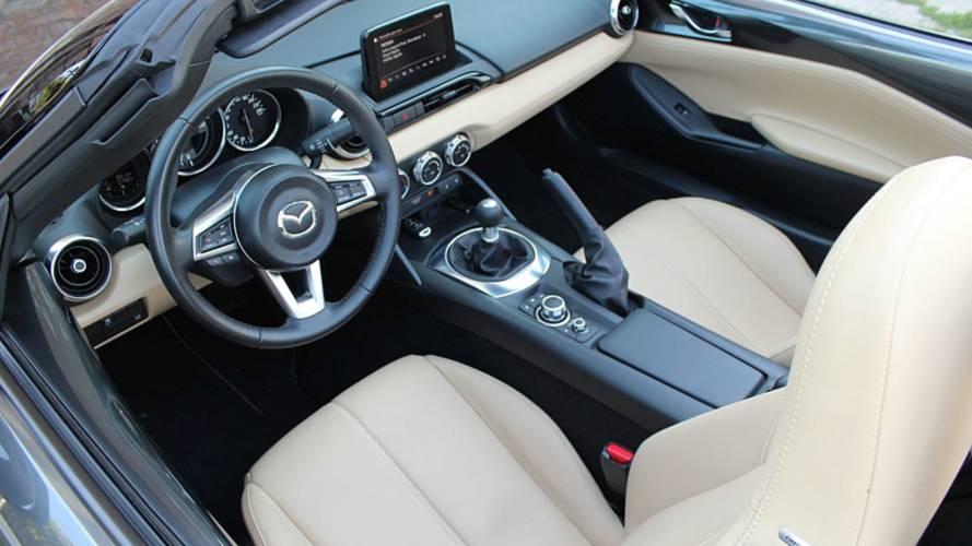 Mazda MX-5 soft top G130