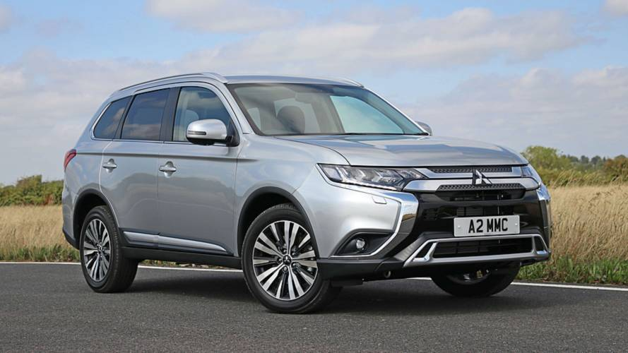 2019 Mitsubishi Outlander adds petrol option