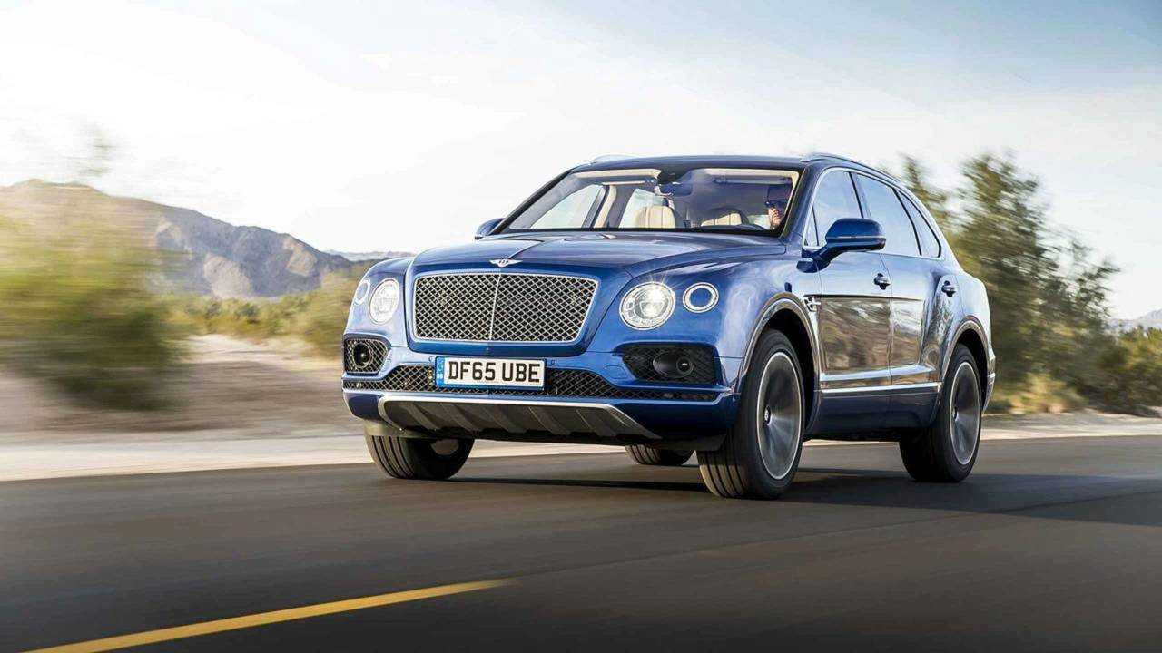 7 - Bentley Bentayga W12 (608 CV)
