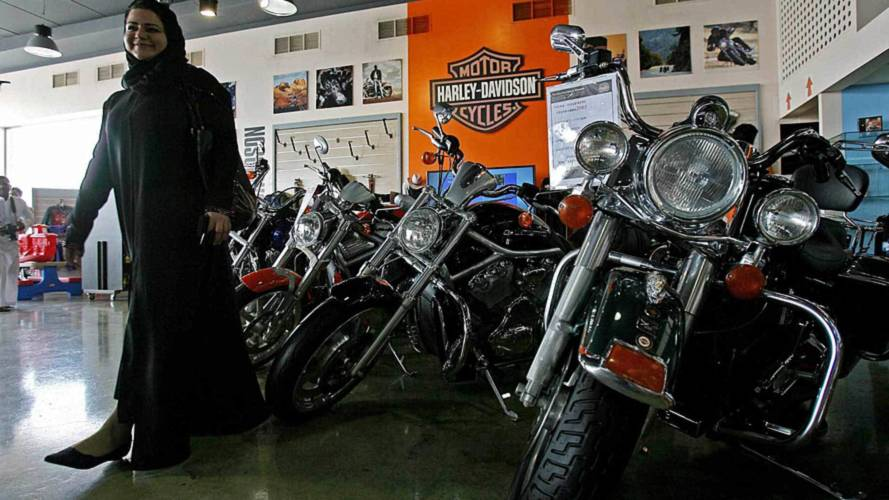 Saudi Women Start Their Own Harley Club 'Ladies of Riyadh'