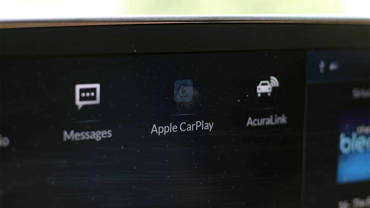 10. Apple CarPlay