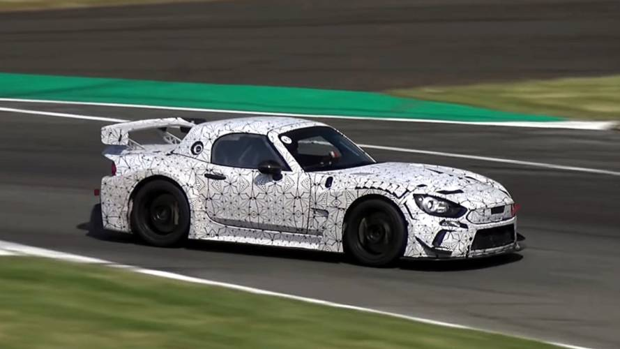Abarth 124 GT4 looks lean and mean during Monza test