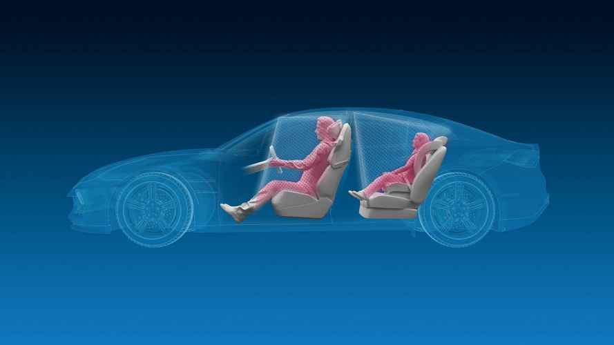 L'auto del futuro con telecamere 3D in abitacolo