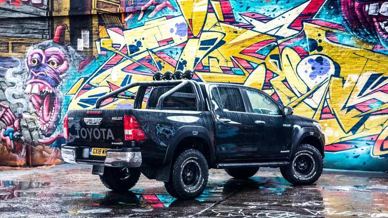 2019 Toyota Hilux Invincible 50