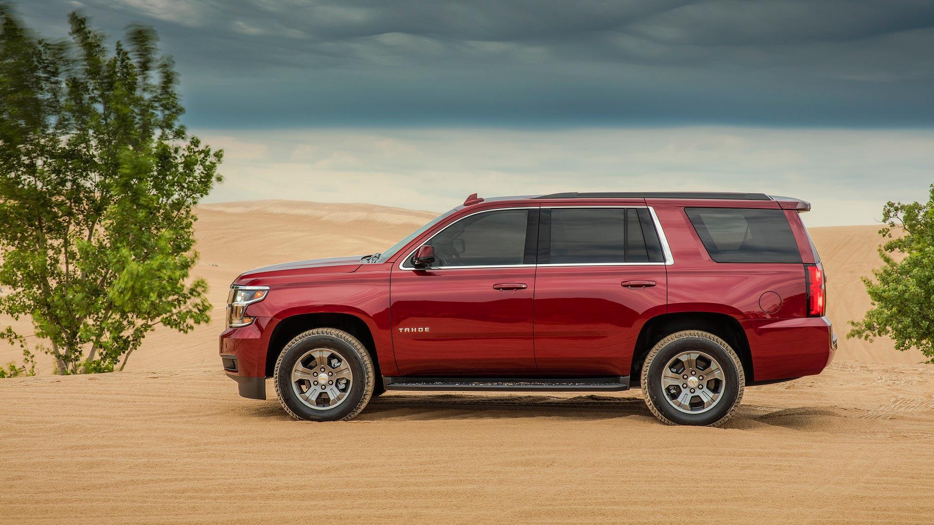 Custom Chevy Tahoe >> Chevy Launches Two Row Tahoe Custom Lowers Price To 45k